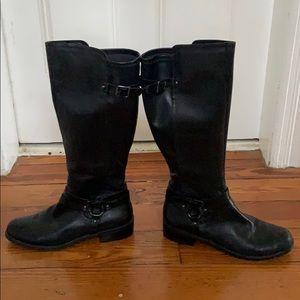 Bcbg black boots size 10